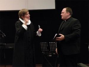 Kirsten Münster og Raymond Marquard i prædikendialog