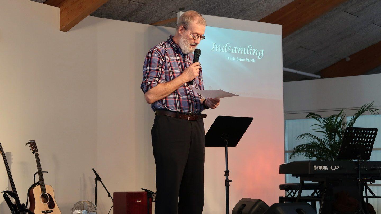 Laurits Bjerre introducerede indsamlingen til Fælleskirkeligt Integrations Netværk